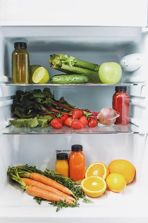 how to organize your fridge with fruits and vegetables